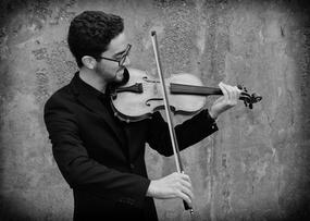 Austin fiddle black and white.jpg
