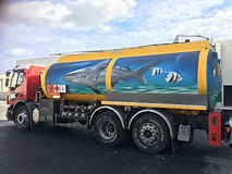 Amazing 3d artwor on truck by Add More Coors Grafodeco