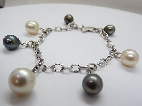 18ct White Gold Pearl Bracelet