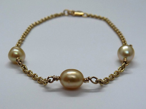 Gold Keshi Pearl & 9ct Gold Bracelet
