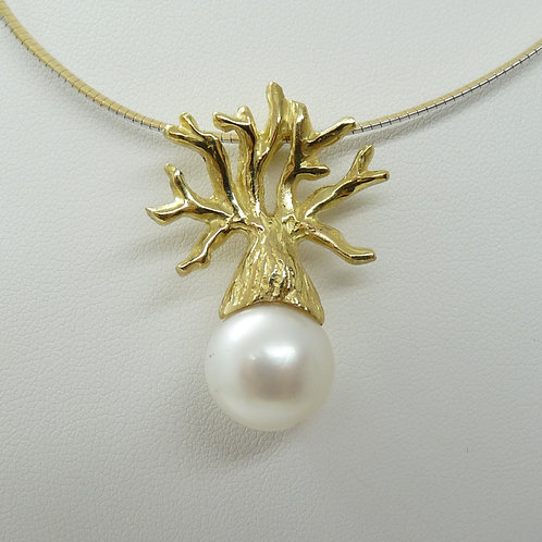 18ct Boab Tree & Cultured Pearl Pendant