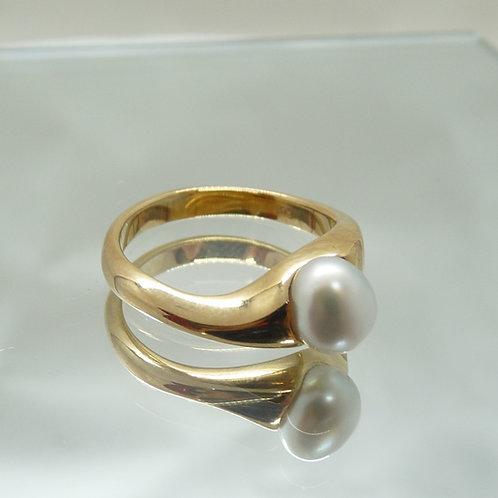 9ct Gold Keshi Ring