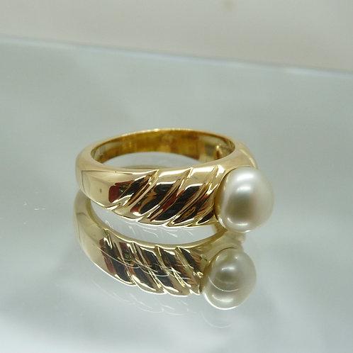 18ct Gold Keshi Ring