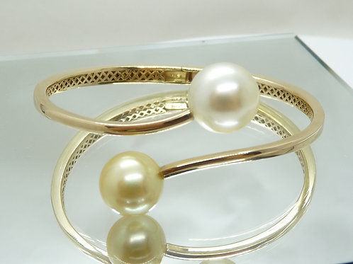 9ct Gold Cultured Pearl Bangle
