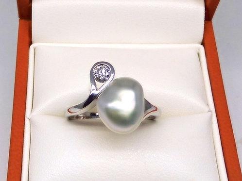 Baroque Pearl & Diamond Ring 9ct White Gold