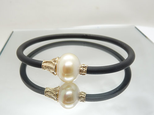 9ct Gold Cultured Pearl Neo Bracelet