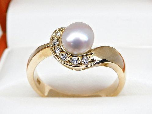 9ct Gold Keshi & Diamond Ring