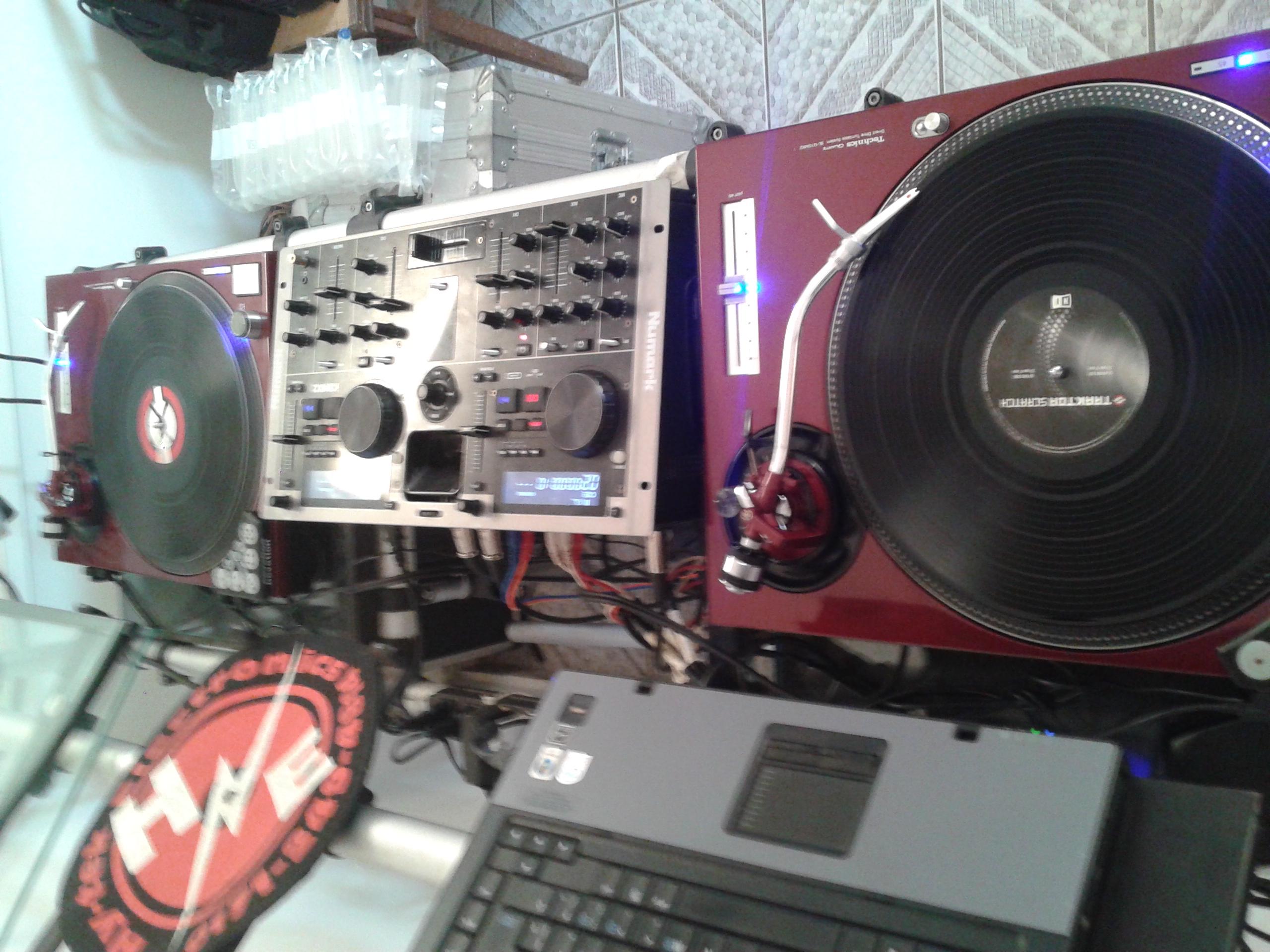 Setap DJ Renee Azeitona