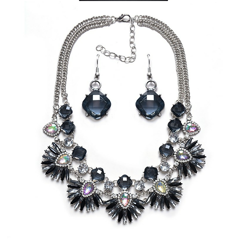 A Night on the Town Necklace Set