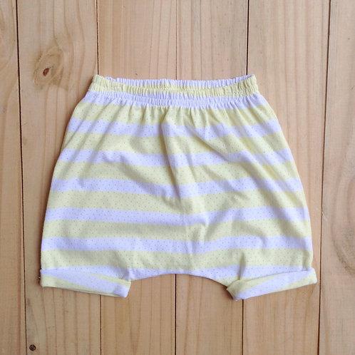 Shorts listrado amarelo