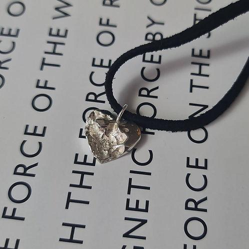 GAROGOSI. Ynys Llanddwyn - Lovers Island Heart Leather