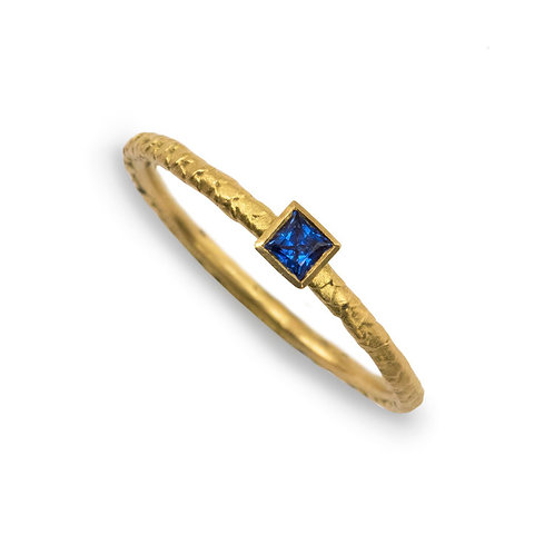 Alison Macleod- Catkin Square Sapphire Stacking Ring 18ct Yellow Gold
