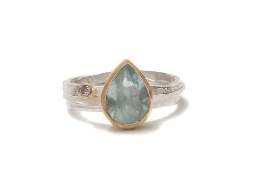 Shimara Carlow- Silver Wrap Ring with Pale Pear Aquamarine