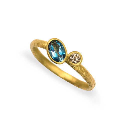 Alison Macleod- Catkin Off-set Aquamarine and Champagne Diamond 18ct Yellow Gold