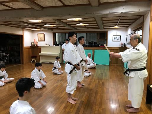 萩原実拳士と早田修拳士が参段の允可を受けました。