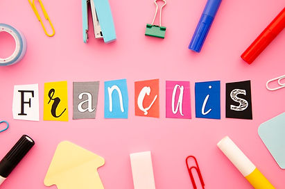 francais-lettering-on-pink-background_23-2148293418.jpg