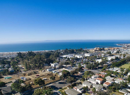 Walk to Ventura Beach!