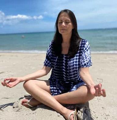 dalit meditating.jpg