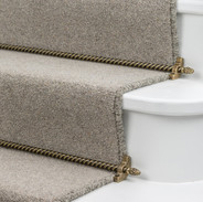 Stair runner with rods