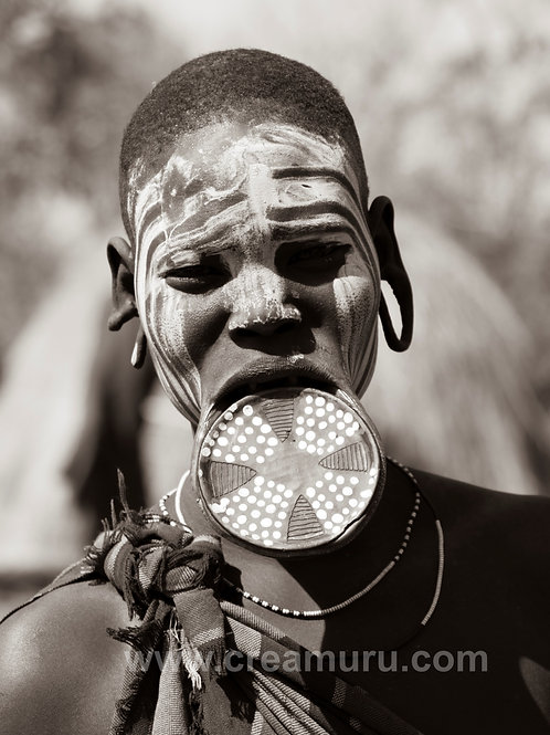 Mursi tribal woman - Ethiopia