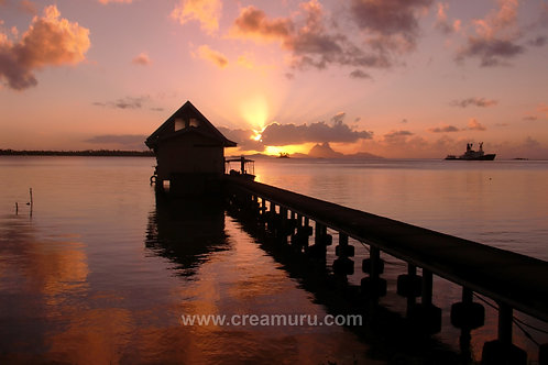 Sunset above Tahaa - French Polynesia