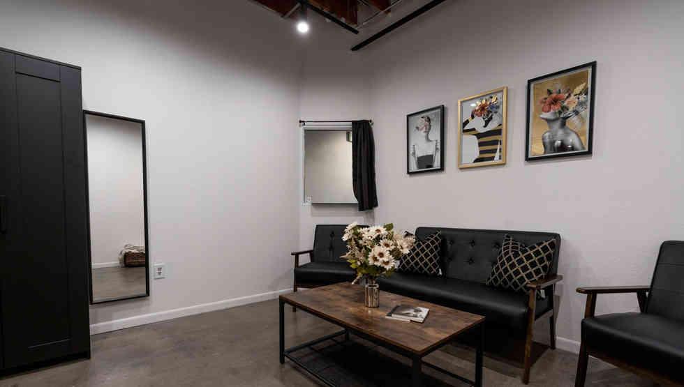 Las Vegas Photo Studio.