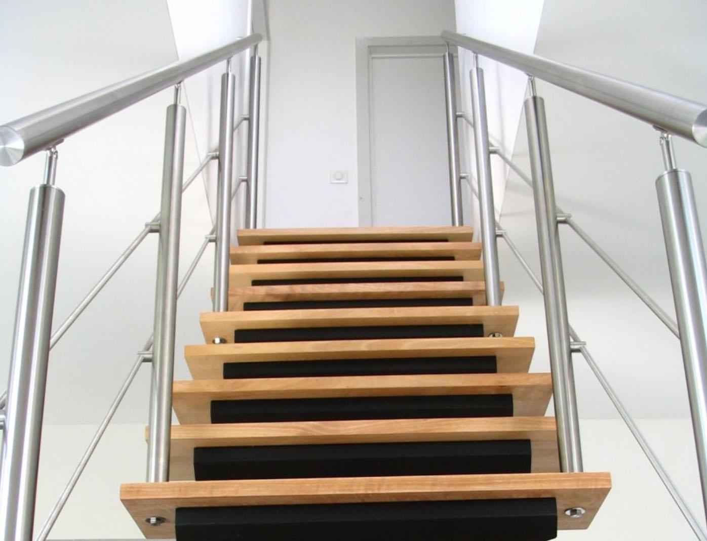 Escalier acier métal