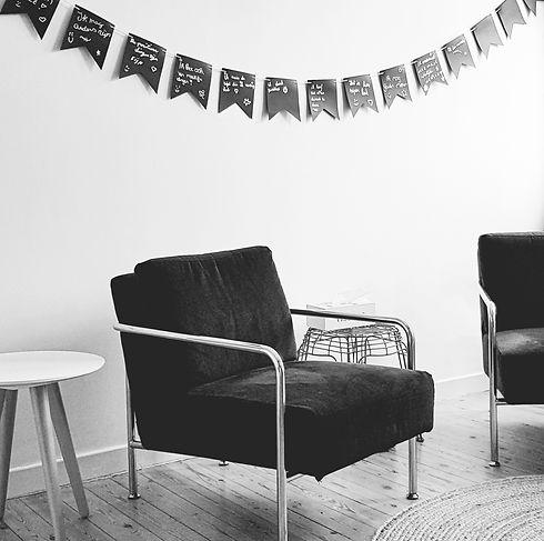 praktijk stoelen.jpg