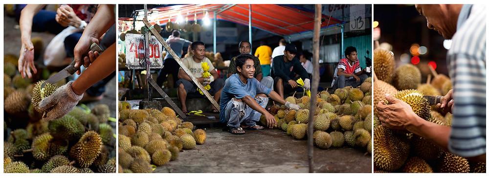 Durian, Duianmarkt in Pontianak bei Nacht