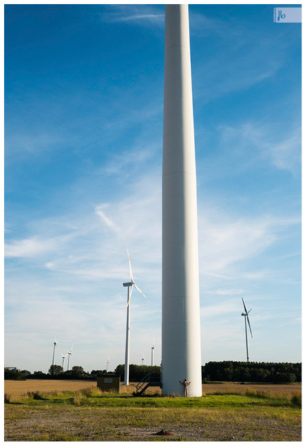 Windturbine umarmen