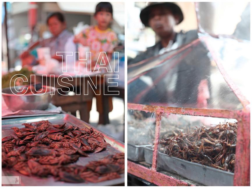 thailändisches Essen, Insekten und Grashüpfer zubereitet, thailändische Essenstände