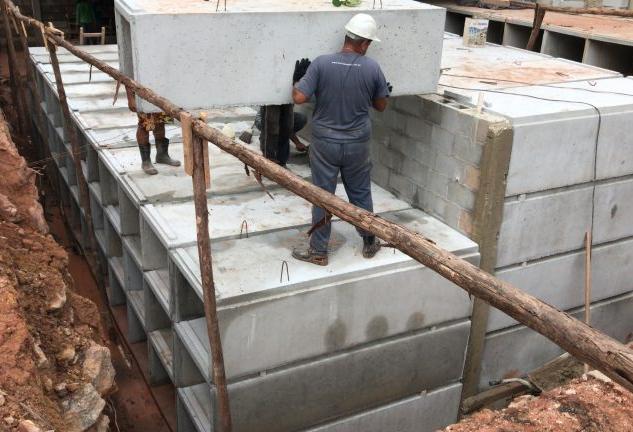 Dimensionamento de sistema de tratamento de efluentes de cemitérios verticais