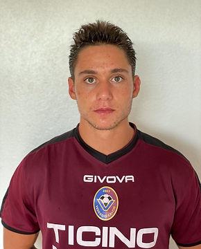 11. Johnny Vecchi - difensore.jpg