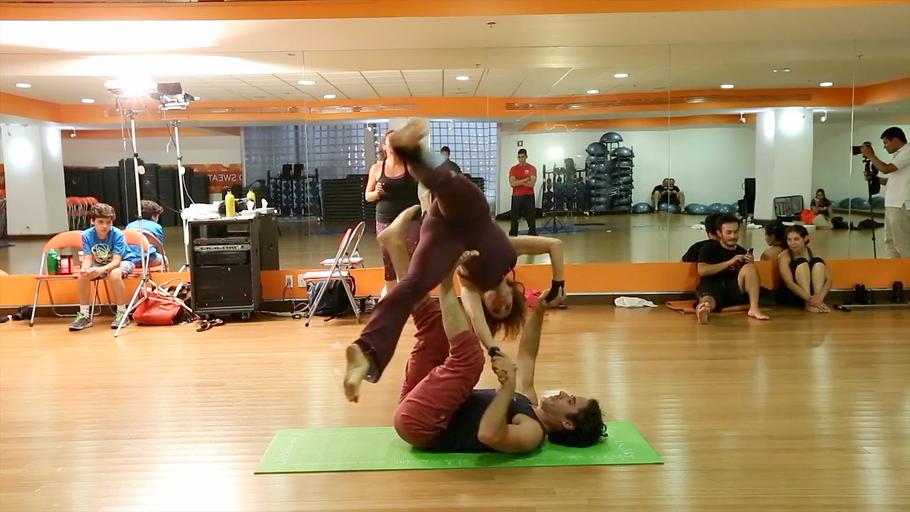 Acro Yoga.mp4