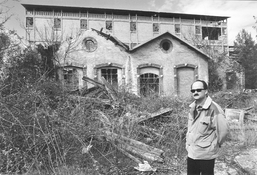 Marcello Benegiamo (historian), in front of Montecatini Factories, 2006