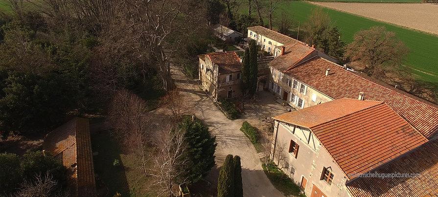 le Mas de Bouchaud , prieuré et Chaix