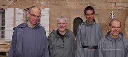 de G. à D. : Frère Cyrile, Père Serge, maître des novices, Frère Joseph-Marie, Frère Claudio