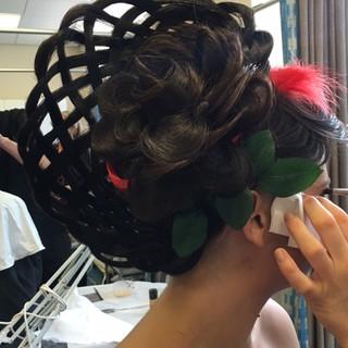 25 Press News & Event The Zara Asian Bridal Makeup Artist London