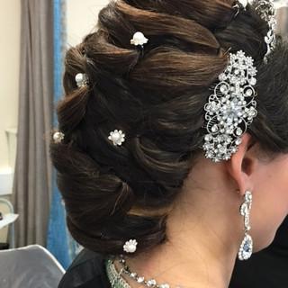 40 Press News & Event The Zara Asian Bridal Makeup Artist London