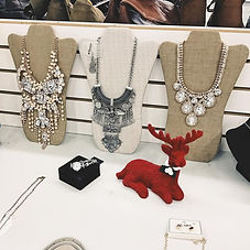 Womens-Necklaces_1.jpg