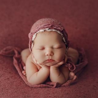 lilyofthevaley.newborn.photographerdubli