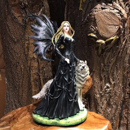 Victoria victorian fairy with wolf gothic figurine elf in victoriaanse kledij beeld fantasy art