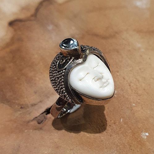 Fantasy head buddha ring silver bone zilveren ring met hoofdje kopje