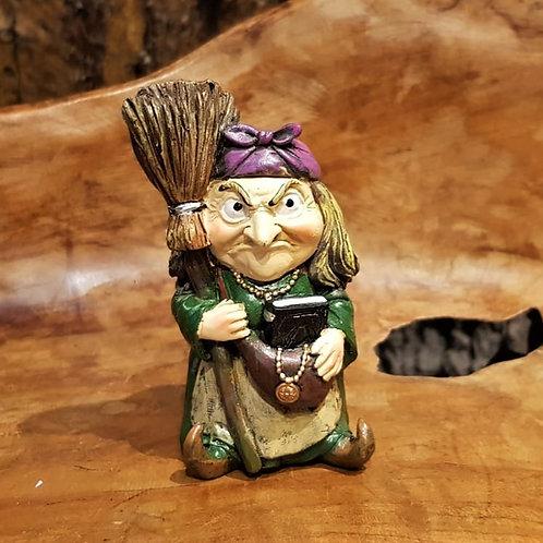 small witch figurine heksje beeldje fantasy shop winkel fantasie beelden kopen