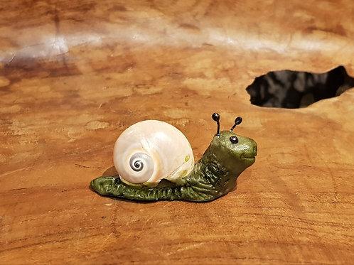 sluggie ooak snail slakje slak handgemaakt fantasie beestje fantasy figurine