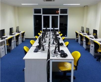 Laboratorium Bahasa Multimedia Modern VETTRA ClassPro
