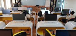 Lab Bahasa 085