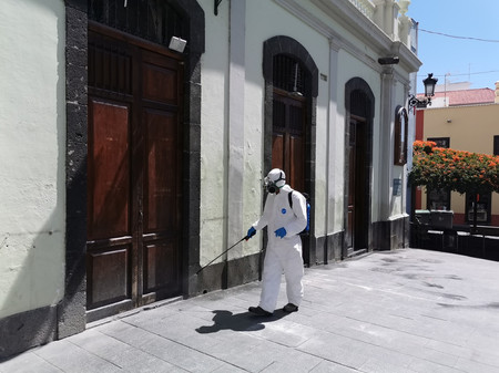 Desinfecta las Calles