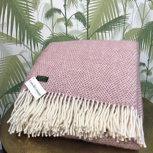Tweed Mill Dusky Pink Throw.