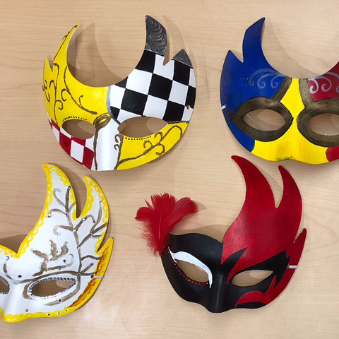 Students Celebrated the Italian Carnevale With Masks and Cannoli